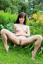 Outdoor woman art photo supermodel glamor rylsky art