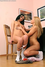 Hot lesbian seduces sweet teen girlfriend
