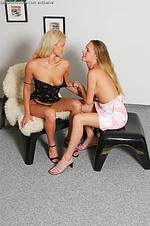 Three sizzling vixens share dildo outdoors