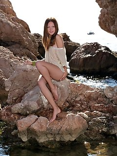 Erotic ladys beauty outdoor images nude
