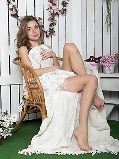 Gentle sexual teen models teen art photo model photos and free met art pictures erotic girls