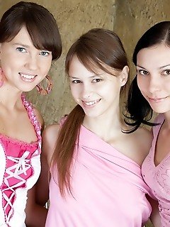 Three teen amour angels style foto pussies
