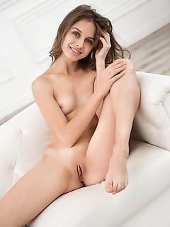 the dream stunning erotic to femjoy erotica model