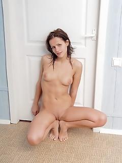 Teen naked femjoy pics russian naked nude