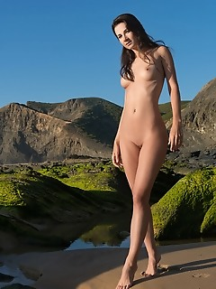portugal erotica girl showing tits and pussy erotica female pic