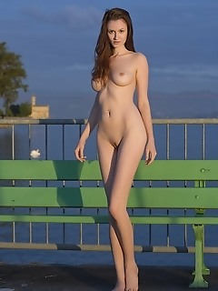 Free pictures skinny softcore female girls