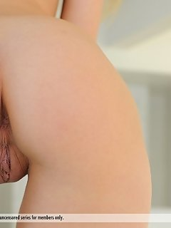 Teen cuties undress tongue and dildo pussies in kitchen