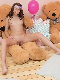 Juicy nude model