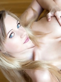 Amazing huge tits