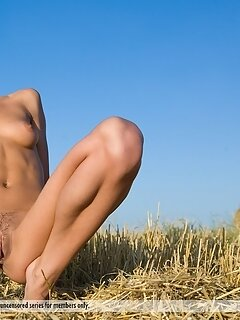 Golden model sarah c. Nude naked photography wives