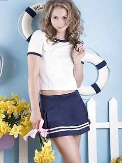 Under that skirt