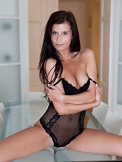 Find free softcore pictures free female photos find free softcore pictures free female photos
