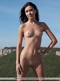 Free erotic naked girls picture photo gallery naked daily erotica nudes