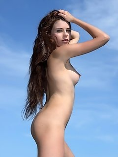 With her stunning amateur appeal, naturally sweet and innocent personality, super smooth, pale skin, perky tits, and unshaved muff, margo makes an app