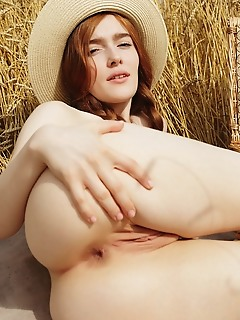 Jia lissa redhead jia lissa flaunts her petite body and delectable, pink pussy outdoors.