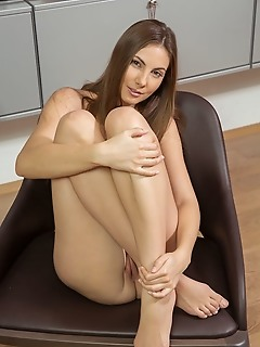 i love to be naked free hot softcore pictures big tits