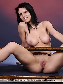 Erotica brunette babes russian models girl