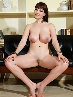 Fun, playful and veru confident malinda, posing and flaunting her petite body